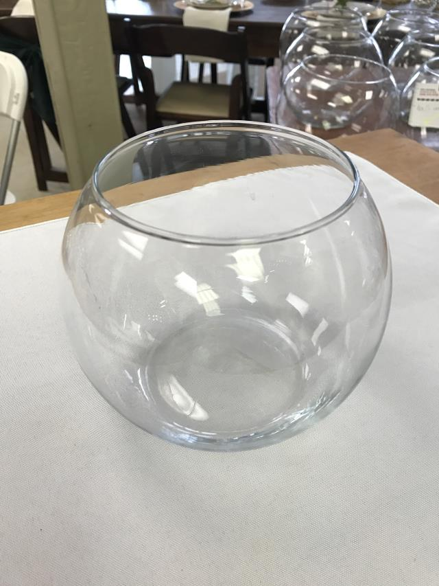 Where to find VASE, GLASS SMALL FISH BOWL 5X4 in Kalamazoo